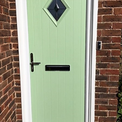 Image: 2017-11/phoenix-gloucestershire-bevel-diamond-green-stippolyte.jpg