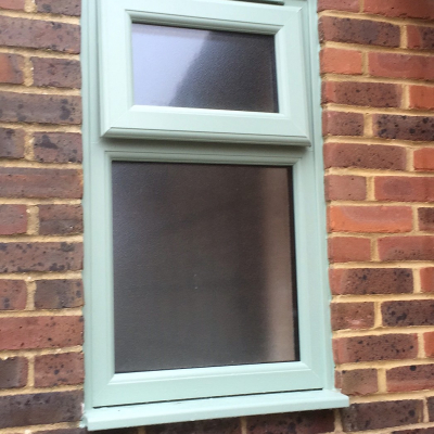 Image: 2018-01/emplas-optima-sculptured-bead-window-in-chartwell-green-with-stippolyte-glazing.jpg