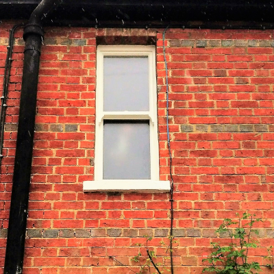 Image: 2019-03/1552467139_heritage-sash-window-in-traffic-white-timber.jpg